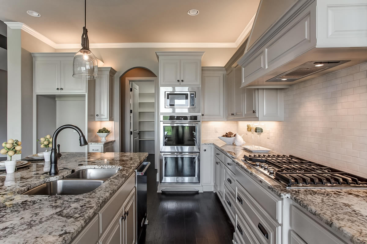 Bella casa drive kitchen compass custom homes luxury homes home builders midlothian